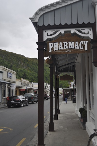 Lovely independent shops in Arrowtown