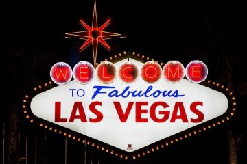 Welcome to Las Vegas sign night